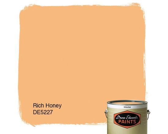 Dunn-Edwards Paints Rich Honey DE5227 -