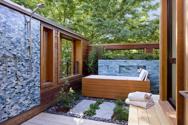 Palo Alto Residence modern-bathroom