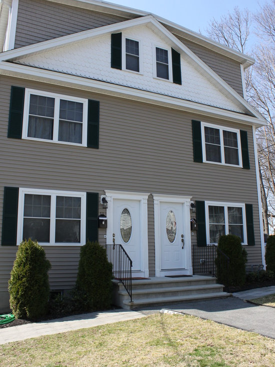 SOLD - Middlesex Ave. Wakefield - Laurie Hunt