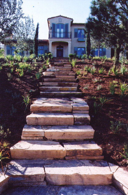 Landscaping with Boulders and Slabs traditional-outdoor-products