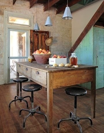 Farmhouse-Style Dining Inspiration Gallery | Apartment Therapy Los Angeles eclectic dining room