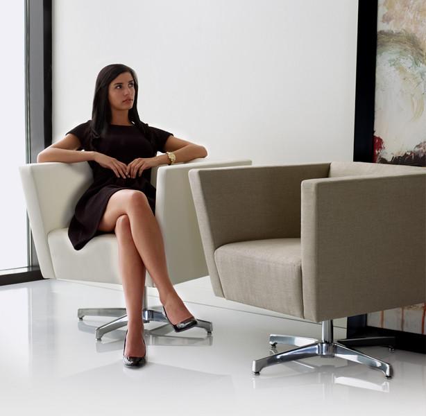Toronto Swivel Lounge Chair modern-chairs