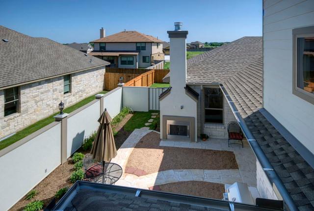 Pacesetter Homes Austin, TX - Resort Collection mediterranean-patio