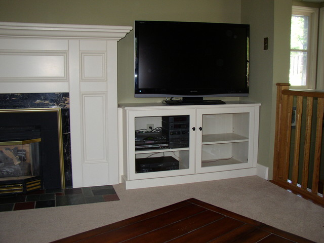 Fireplace Mantel wth TV Cabinet - Modern - Indoor Fireplaces - toronto - by Kurtz Millworks