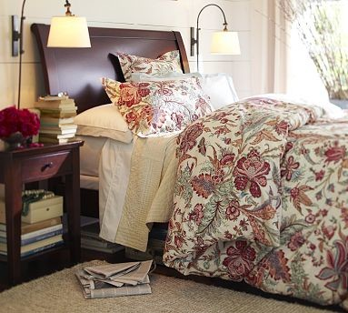 Valencia II Sleigh Bed & Extra-Wide Dresser, Queen, Mahogany stain traditional-bedroom-furniture-sets