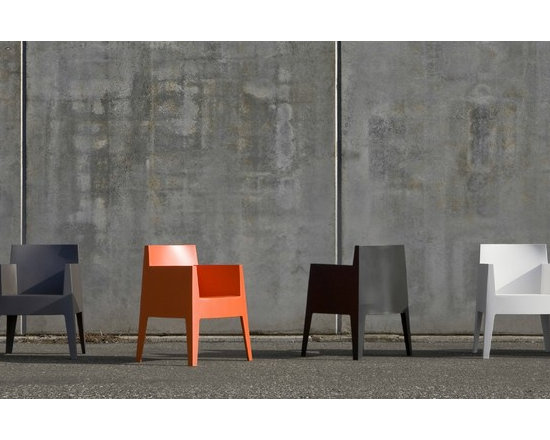 TOY Stacking Chair by Philippe Starck - In stock in white and orange