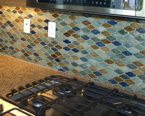 Hirsch Silhouette glass tile backsplash