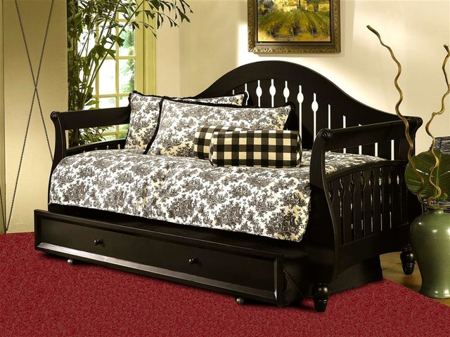 Fraser Daybed in Distressed Black Finish (w/o transitional-daybeds