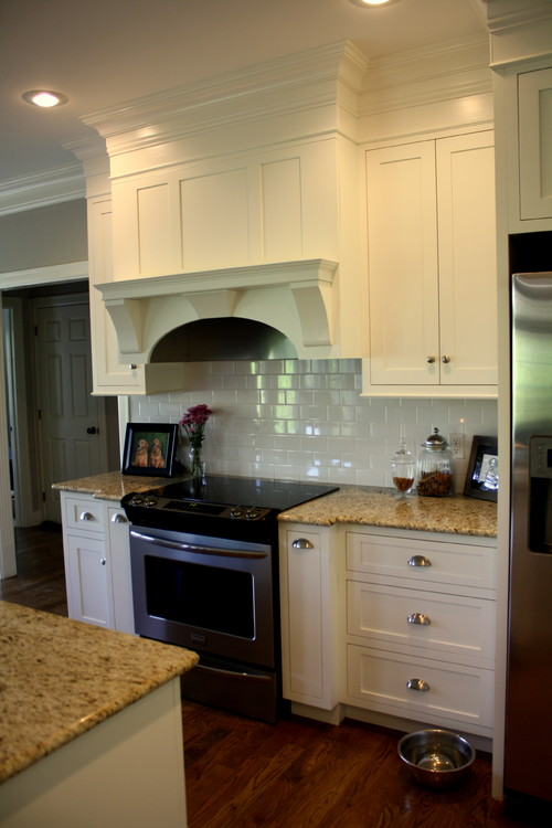 santa cecilia granite white cabinet backsplash ideas i like the shine