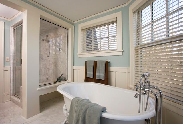 Faux Wood Blinds Beach Style Bathroom Blue Amp White Claw Foot Tub Beach Style Vertical