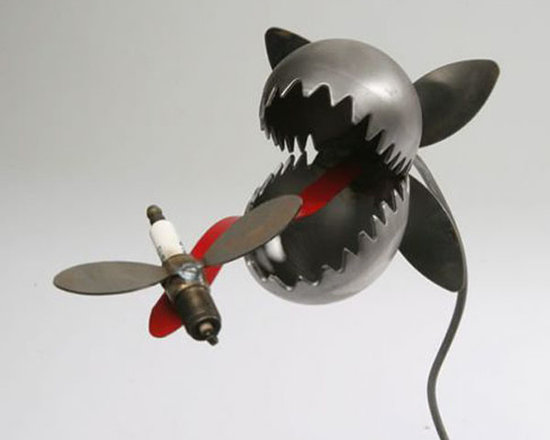 """Venus Fly Trap with Plug Bug Garden Statue - This Venus fly trap stands on a 36 inch tall twisty metal pole with a metal head that measures approx 6"""" square. Totally drought resistant and suitable for all climates."""
