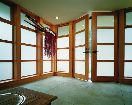 Quantum Windows & Doors | Lane Williams Architecture - Michael Jensen Photography -