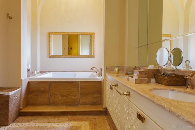 Casa Abulhassan eclectic-bathroom