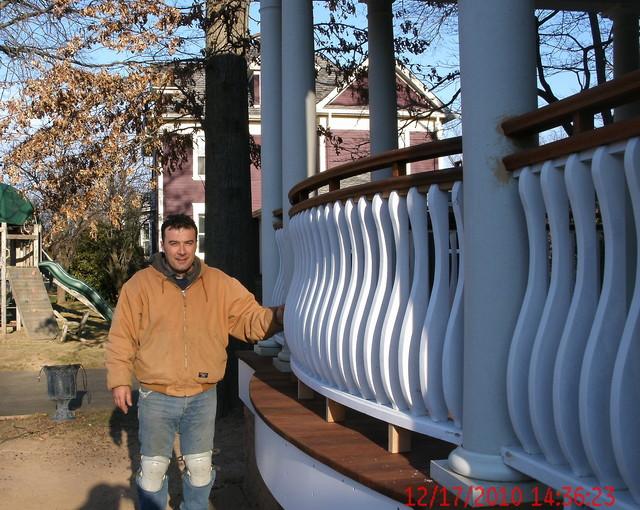 Curve custom railing traditional