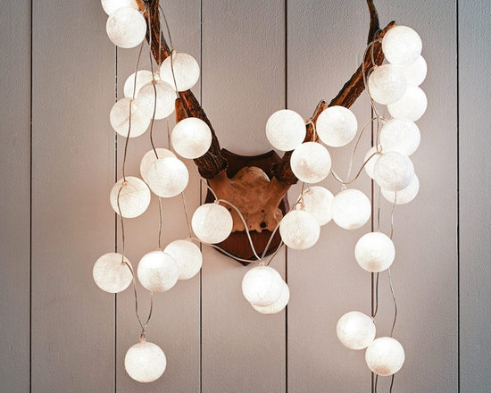 White Cotton Ball String Lights -