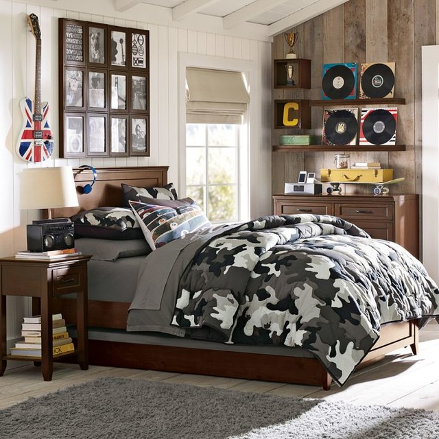 Hampton classic bed beds other metro by pbteen for Bedroom ideas hamptons