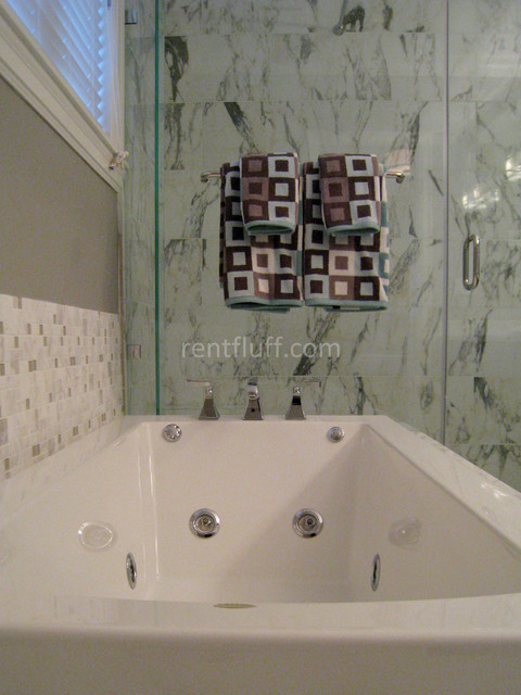 ID0032 - West 11th Ave, Vancouver contemporary-bathroom