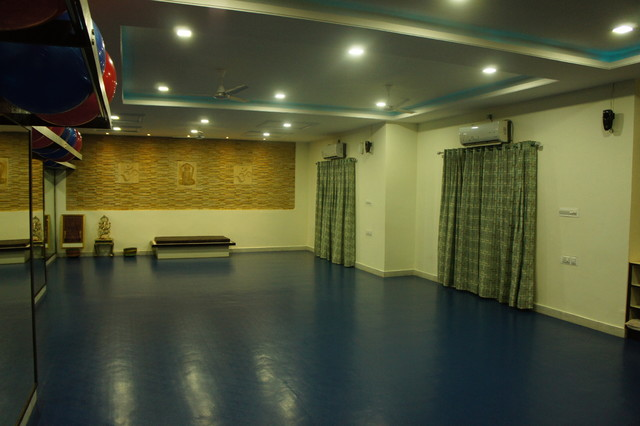 Yoga Studio Interior Using Natural Stone Modern Other