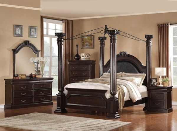 king canopy bedroom set in dark cherry traditional bedroom furniture