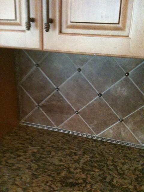 Tile modern-kitchen