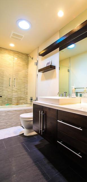Saratoga House contemporary-bathroom