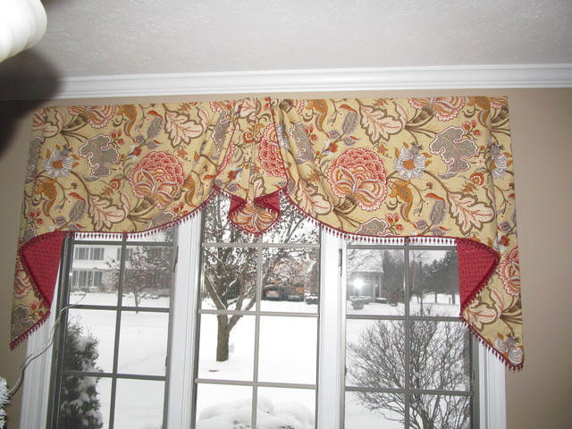 board mounted moreland valance