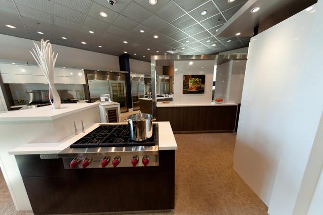 Calabasas Showroom modern-kitchen