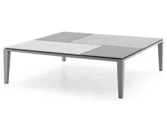 Poliform Brasilia coffee table - Brasilia, design Jean Marie Massaud, is a coffee table focused on natural materials.