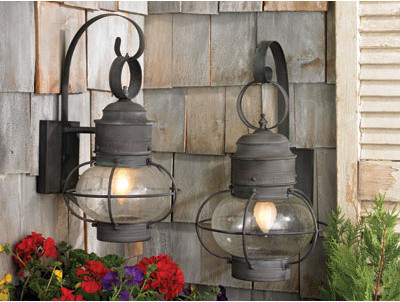 Old Fashioned Lantern Lights To Perfect A Cottage Or Farmhouse Decor - Traditional - Outdoor ...