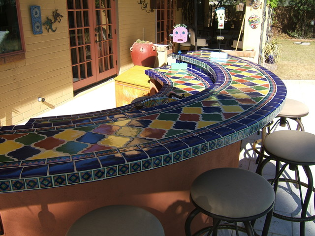 Outdoor tile and stone ideas for Tile bar top ideas