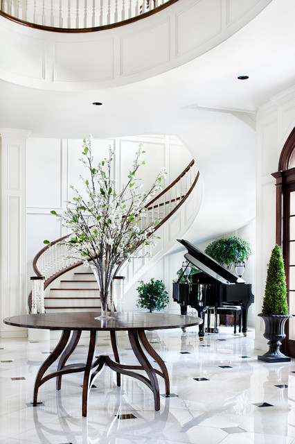 Southern Mississippi traditional-staircase