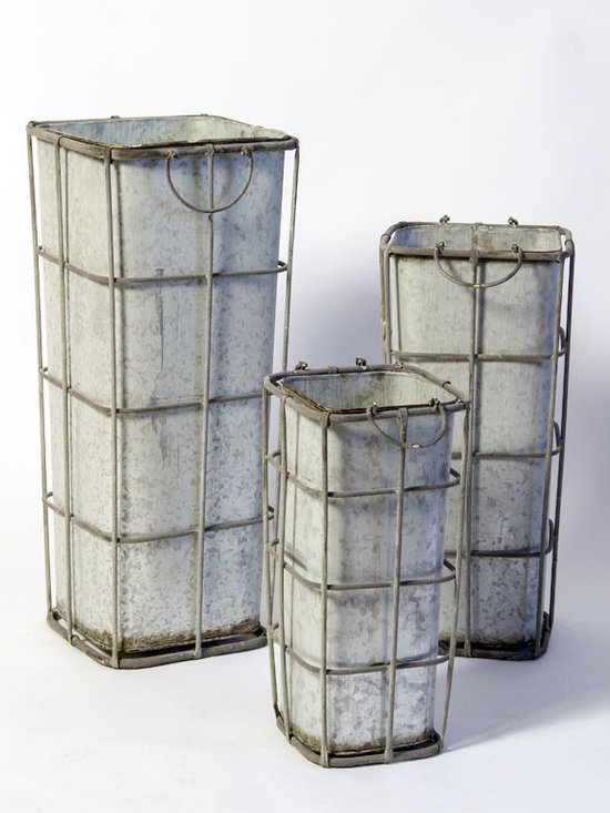 Set of 3 Tapering Zinc Containers -