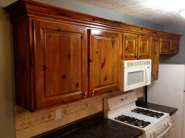 Knotty pine kitchen cabinets traditional atlanta by for Pine kitchen cabinets