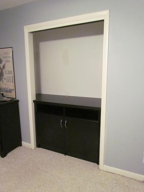 Atlanta closet tv nook contemporary atlanta by for Modern built in closet