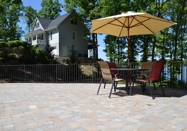Diamond Residence contemporary-patio