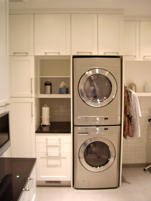 Total Spaces Design modern-laundry-room