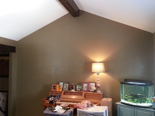 What to do with blank wall with cathedral ceiling in my for What to do with a blank wall