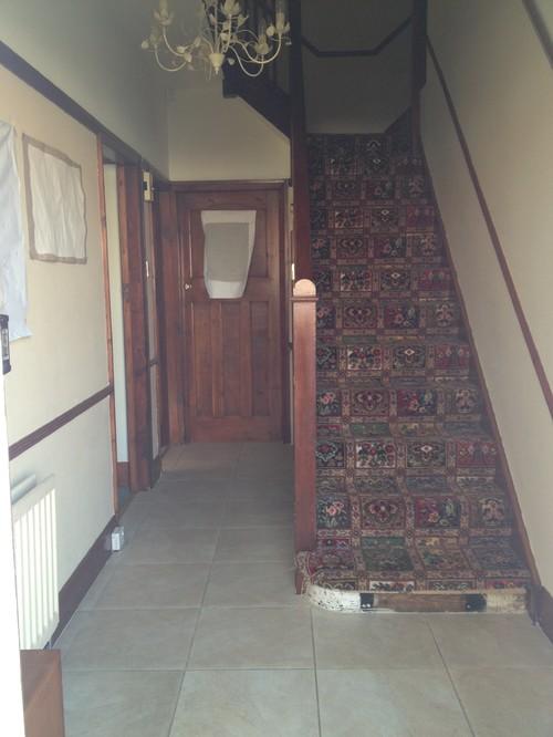 Dark Narrow Hallway Help Me Please
