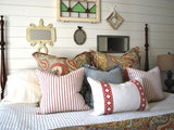 farmhouse bedroom Room of the Day: Cheery Cottage Style for a Master Bedroom (6 photos)