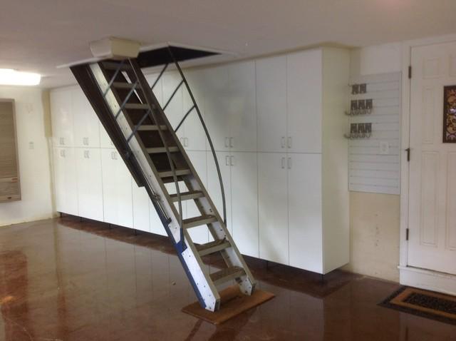 Hunter 39 s garage makeover traditional garage and shed for Garage designs com