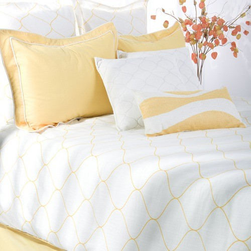 Sutton Bedding Set in Yellow / White - Modern - Bedding