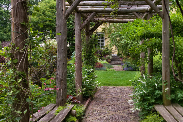 Rustic Arbor in Spring Traditional Landscape chicago