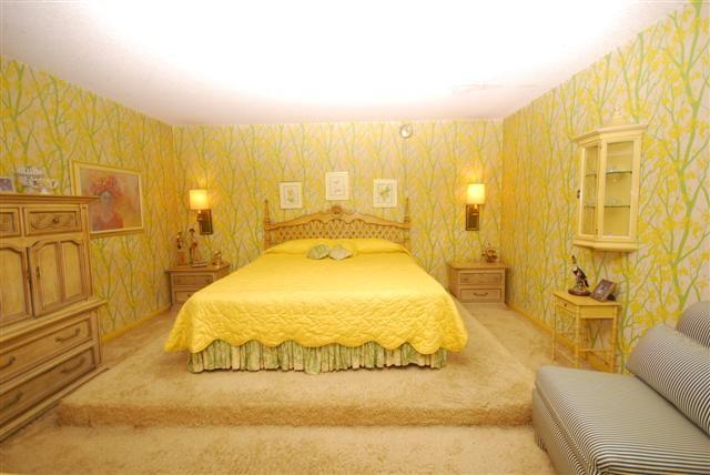 70s yellow bedroom for 70s bedroom ideas