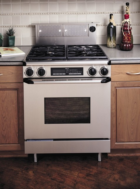 http://st.houzz.com/simgs/7951419800231e6a_4-8830/traditional-gas-ranges-and-electric-ranges.jpg