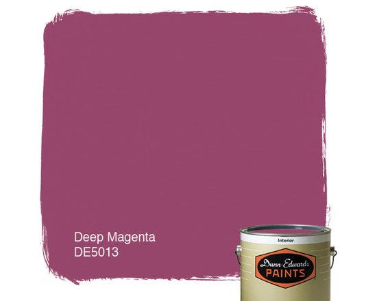 Dunn-Edwards Paints Deep Magenta DE5013 -