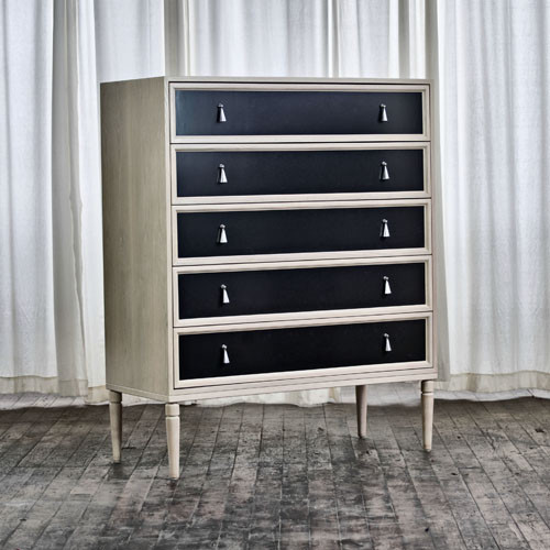 Dresser No Seventeen Two New York By The New Traditionalists