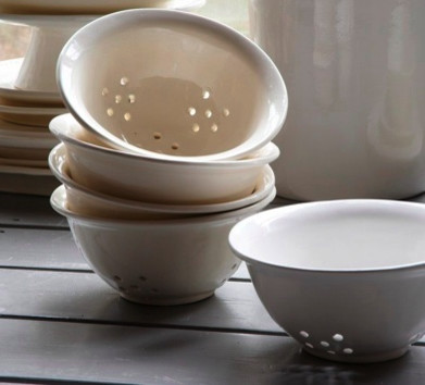 Stoneware Colander traditional-colanders-and-strainers