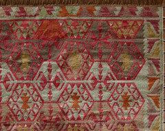 Tauna Recycled Yarn Kilim Indoor/Outdoor Rug mediterranean-outdoor-rugs