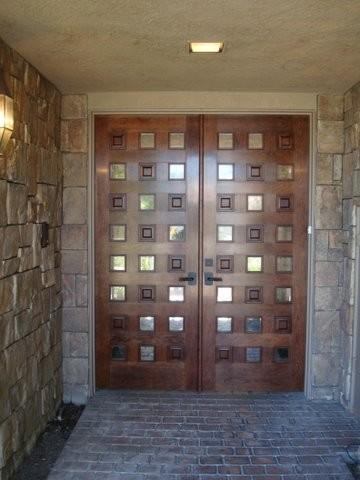 Entry Door traditional-front-doors