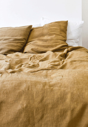 how to clean yellow pillow cases
